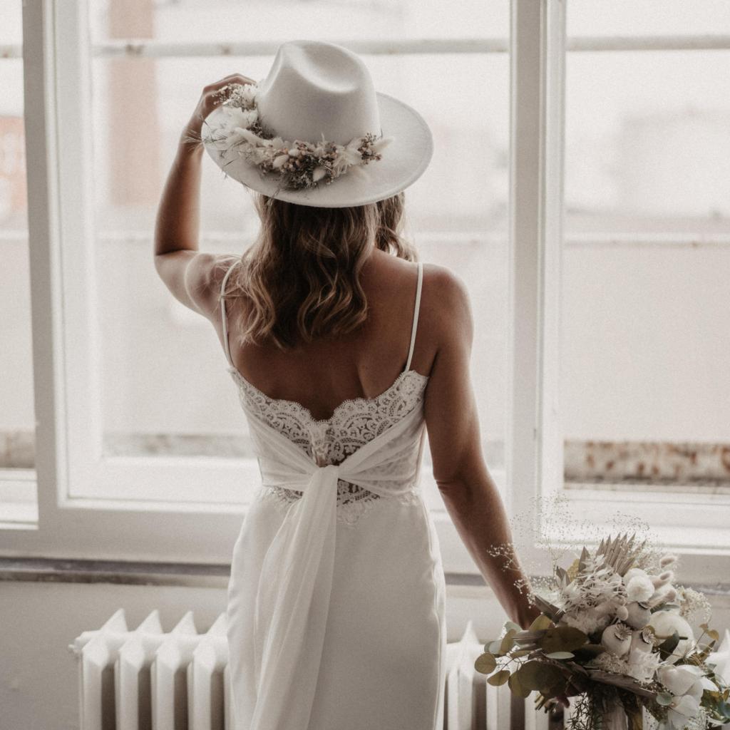 Brautkleid Anprobe - 5 Tipps für die richtige Begleitung   hey-julisa.com